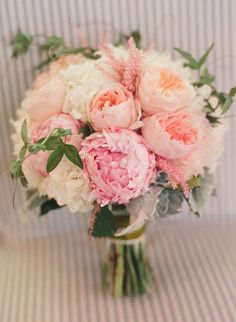 pale-pink-and-peach-peonies