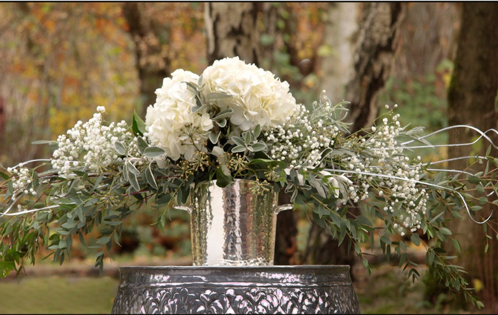 teotf-floral-arrangement-white-and-silver-in-silver-vessel
