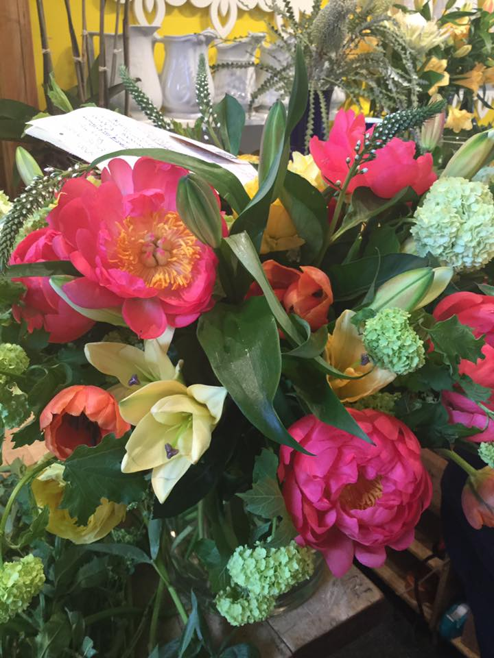 FLOWER-ARRANGEMENT-WITH-PEONIES
