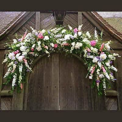 floral-arrangement-over-church-door
