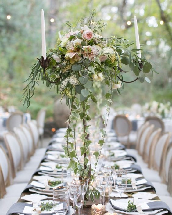 tall-floral-arrangement-with-ivy-2
