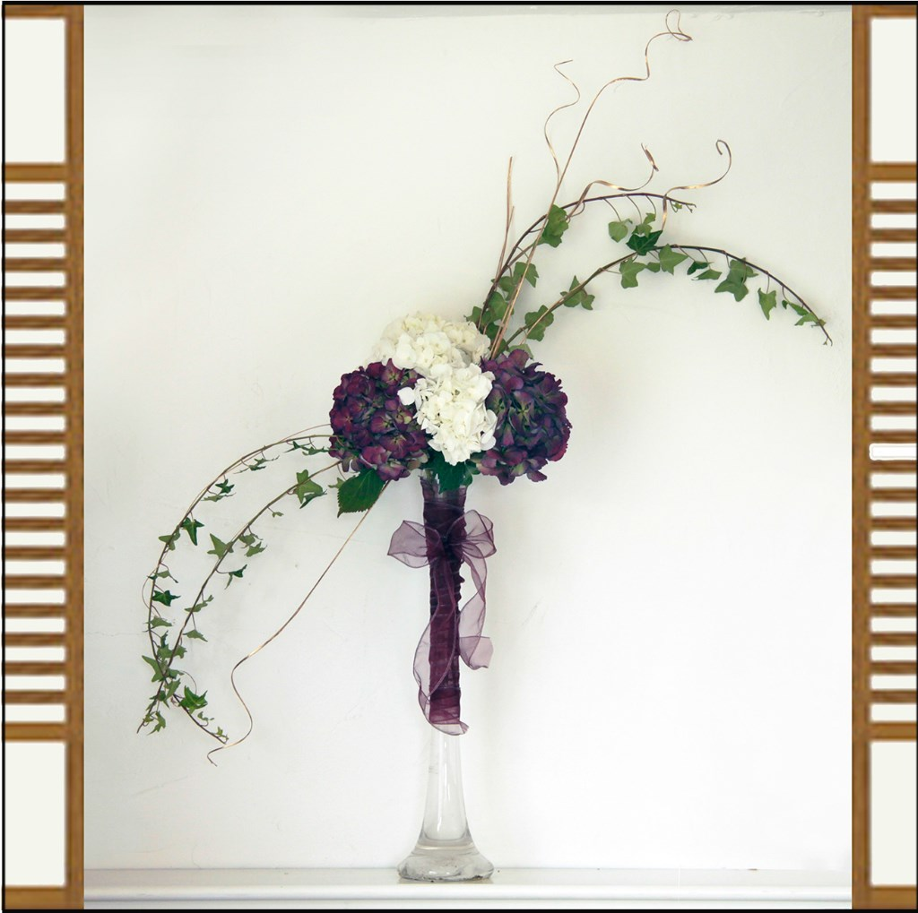 teotf-Japanese-style-arrangement-in-tall-vase