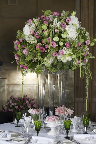 teotf-event-flowers-roses-and-hydrangeas