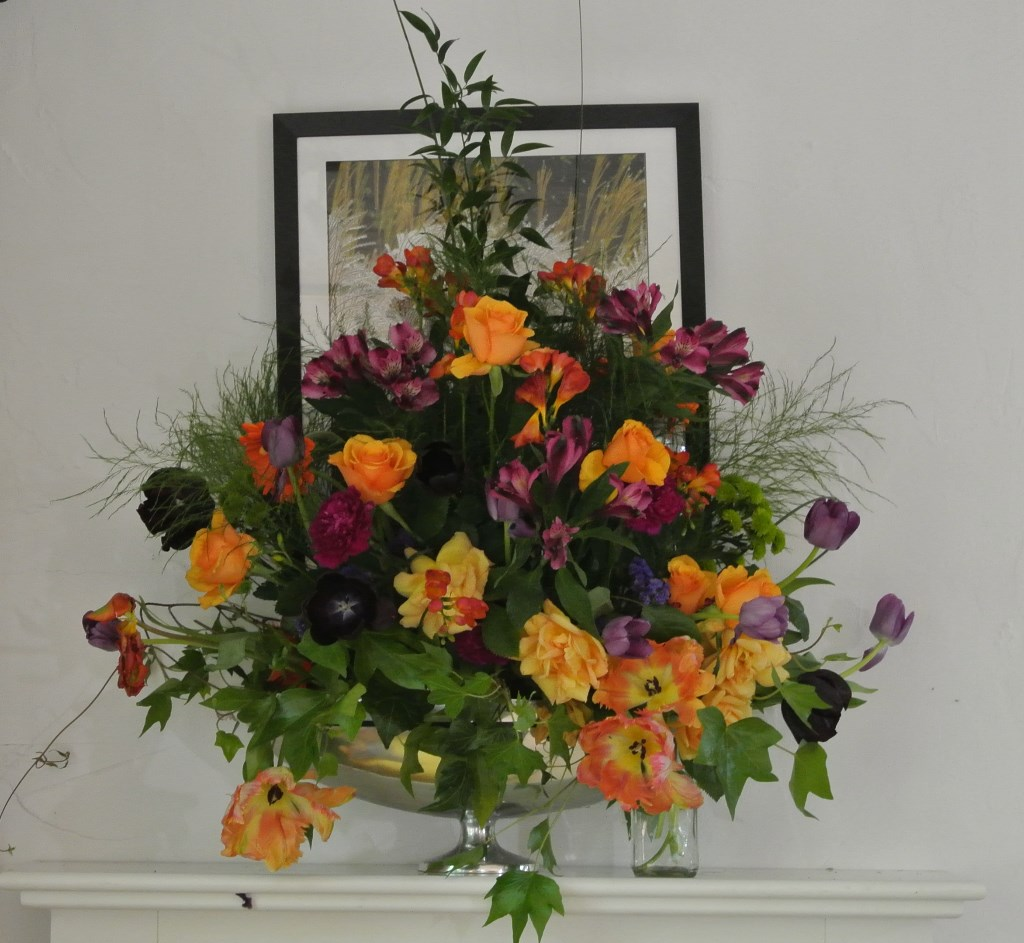 teotf-fireplace-arrangement-in-amber-and-purple
