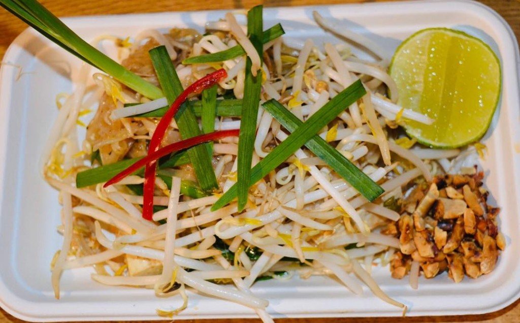 Traditional-Pad-Thai-noodles